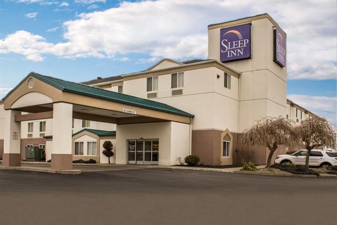 Photo 2 - Sleep Inn Sandusky