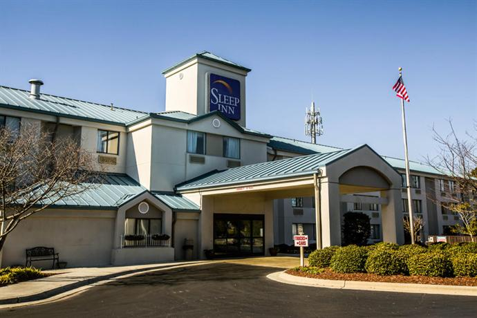 Photo 1 - Sleep Inn Wilmington (North Carolina)