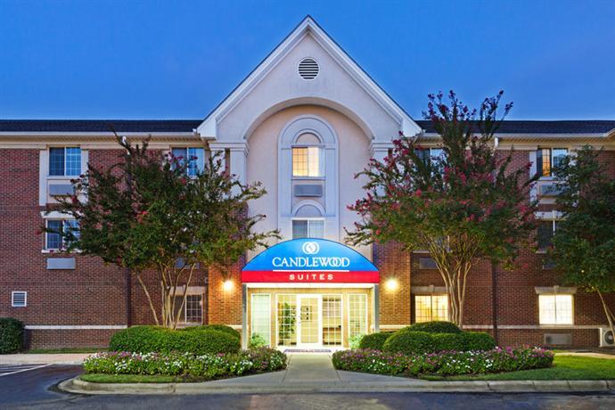 Photo 1 - Candlewood Suites - Charlotte University