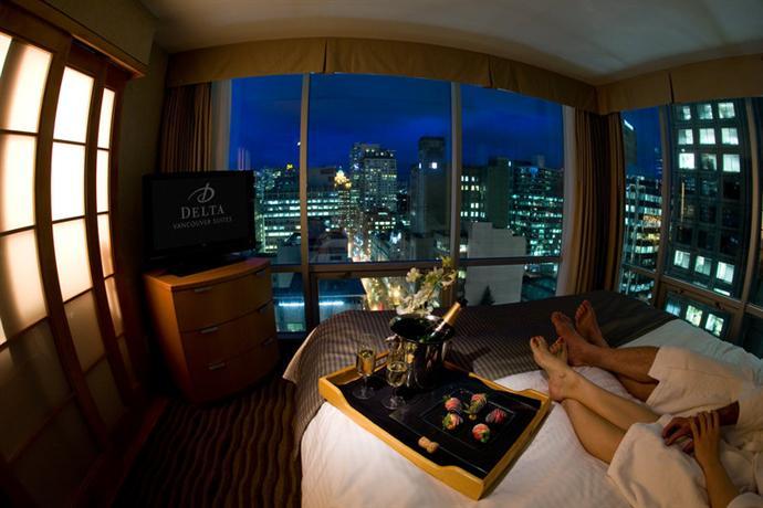 Photo 1 Delta Vancouver Suites Hotel