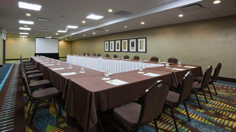 Photo 2 - Holiday Inn Pointe Claire Montreal Airport