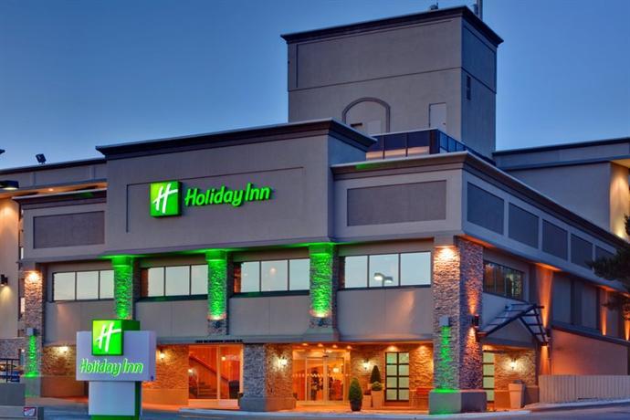Photo 1 - Holiday Inn Calgary Airport