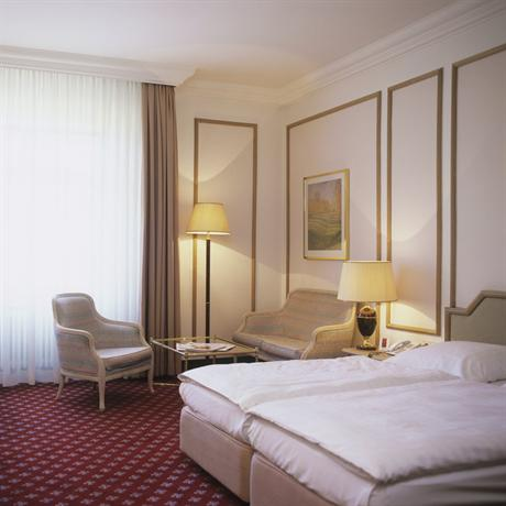 Photo 1 - Savoy Hotel Berlin