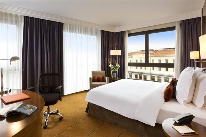 Photo 1 - Hotel Warwick Geneva
