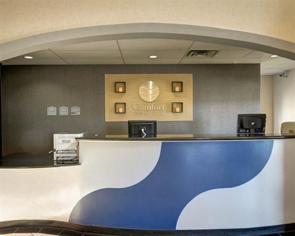 Photo 3 - Comfort Inn & Suites Airport Amarillo