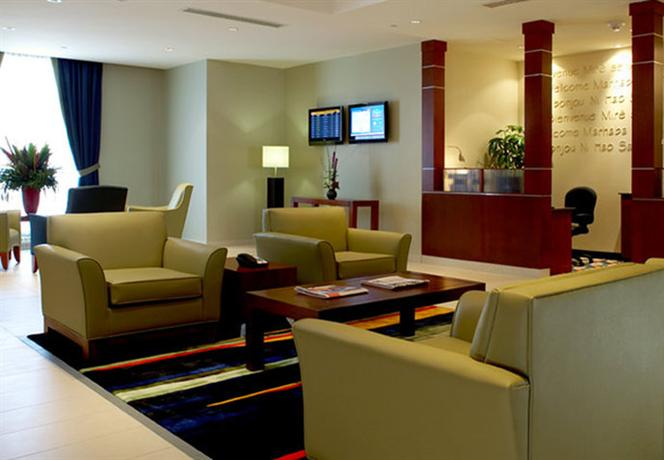 Photo 3 - Fairfield Inn & Suites Montreal Airport