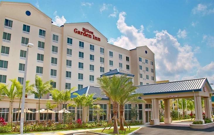 Photo 1 - Hilton Garden Inn Miami Airport West
