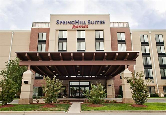 Photo 2 - Springhill Suites Louisville Airport