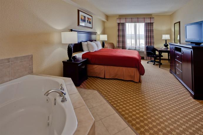 Photo 2 - Country Inn & Suites Jacksonville West