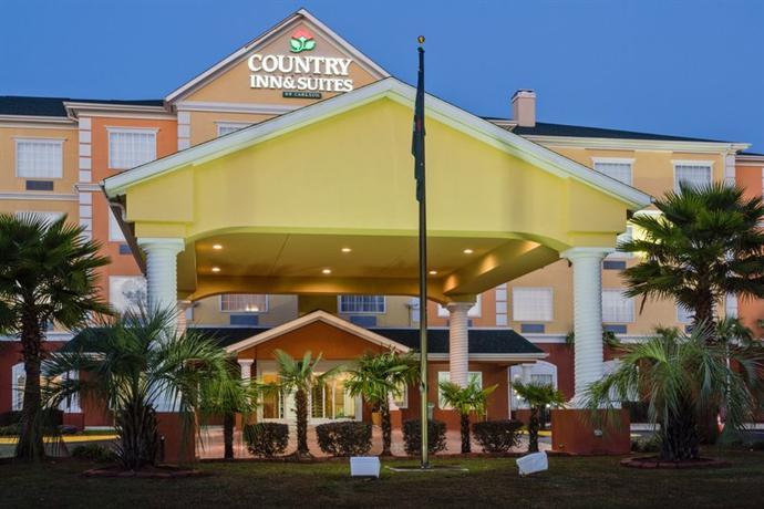Photo 1 - Country Inn Suites Pensacola W