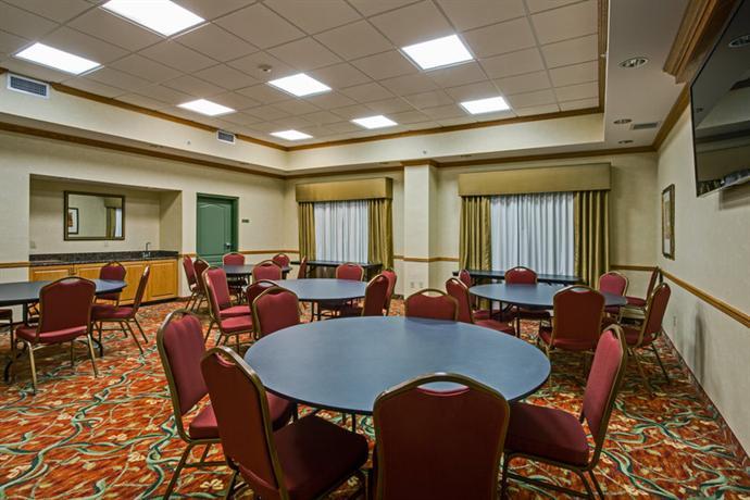 Photo 3 - Country Inn Suites Pensacola W