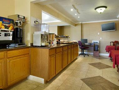 Photo 3 - Super 8 Motel Colorado Springs Central