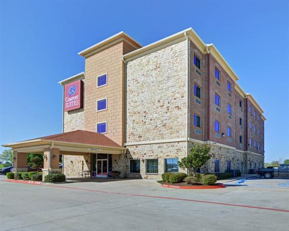 Photo 2 - Comfort Suites Benbrook