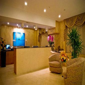 Photo 2 - The Eldon Luxury Suites