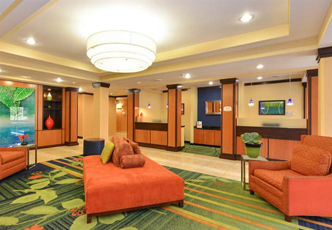 Photo 3 - Fairfield Inn and Suites Fort Wayne