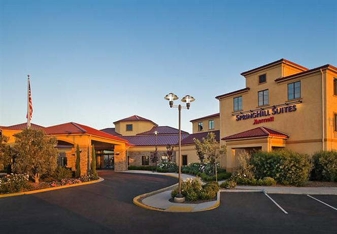 Photo 2 - SpringHill Suites Napa Valley
