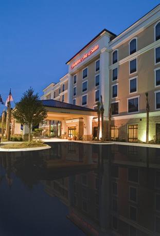 Photo 1 - Hampton Inn & Suites North Charleston-University Boulevard