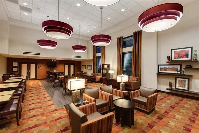 Photo 1 - Hampton Inn & Suites Phoenix Chandler Fashion Center