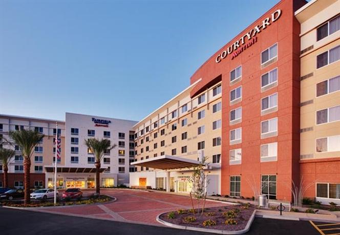Photo 2 - Fairfield Inn & Suites Phoenix Chandler Fashion Center