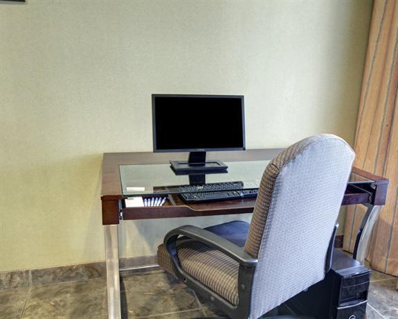 Photo 1 - Comfort Inn & Suites Selma (Texas)
