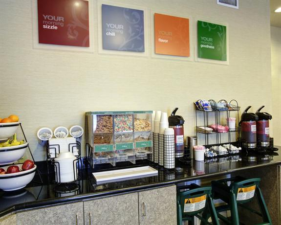Photo 2 - Comfort Inn & Suites Selma (Texas)