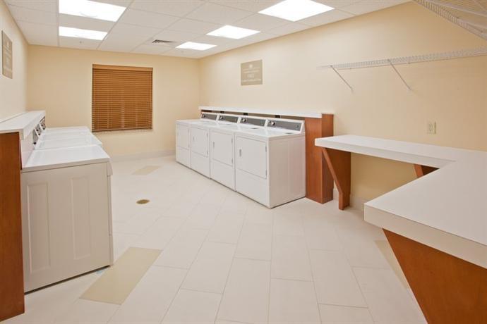 Photo 2 - Candlewood Suites I-10 East