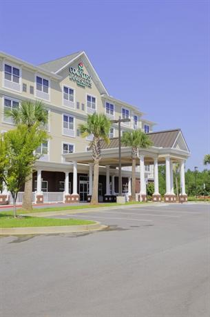 Photo 1 - Country Inn & Suites Columbia Harbison