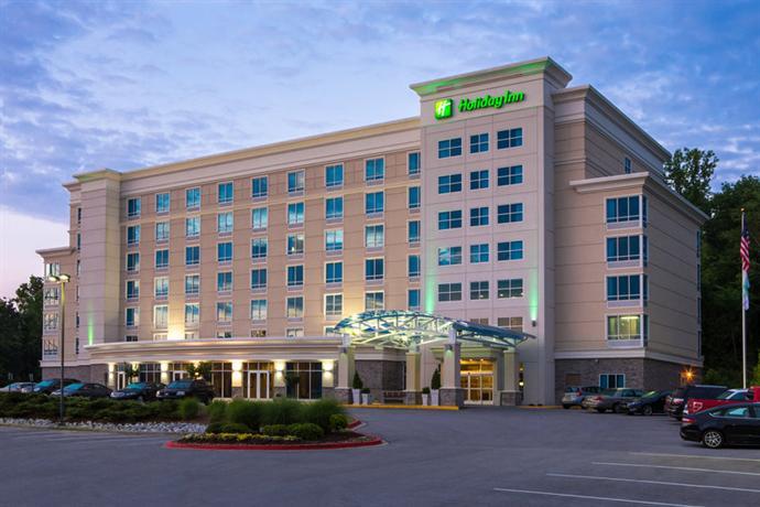 Photo 1 - Holiday Inn Chattanooga-Hamilton Place