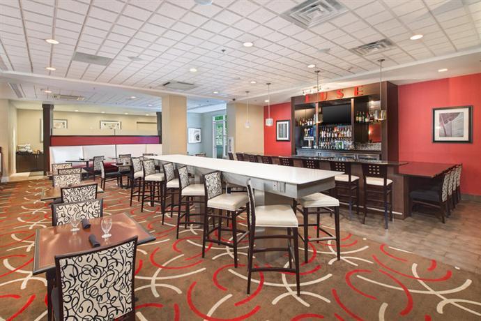 Photo 3 - Holiday Inn Chattanooga-Hamilton Place