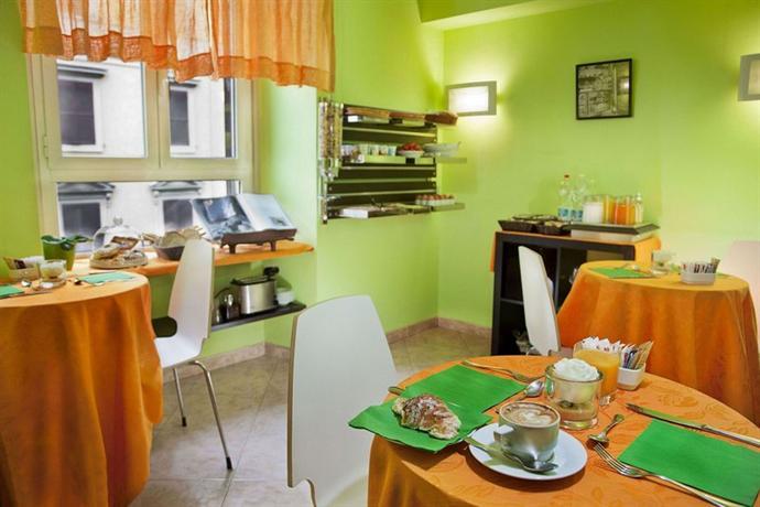Photo 1 - Max Hotel