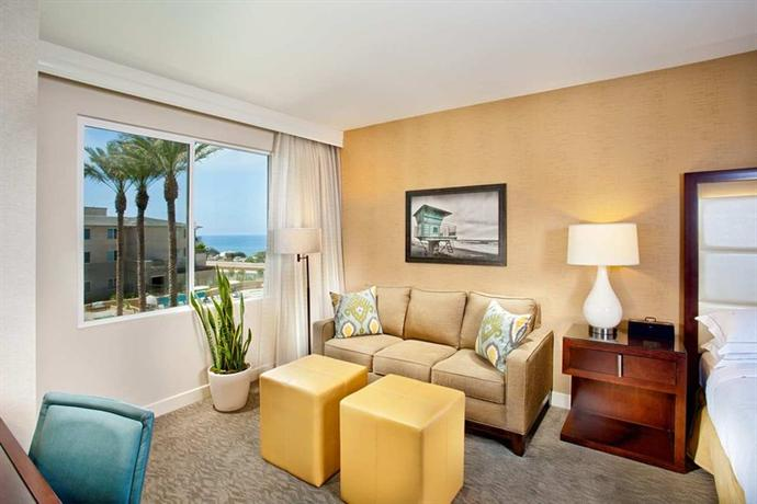 Photo 3 - Cape Rey Carlsbad a Hilton Resort