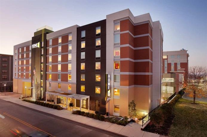 Photo 1 - Home2 Suites Nashville Vanderbilt Hotel