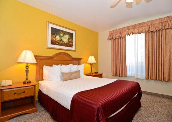 Photo 2 - Quality Inn & Suites Sacramento