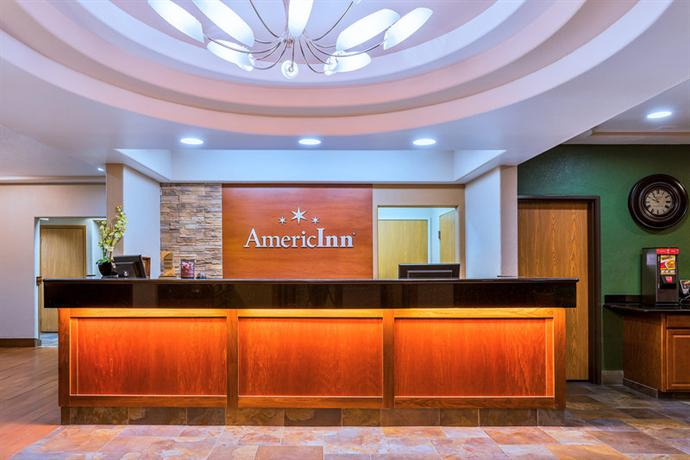 Photo 3 - AmericInn Hotel & Suites Des Moines Airport