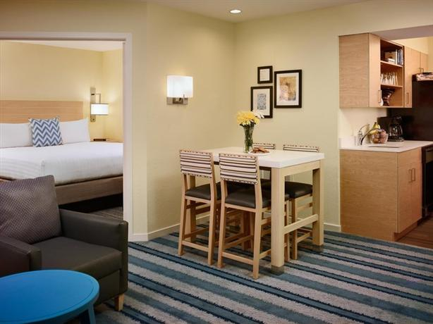 Photo 2 - Sonesta ES Suites St. Louis