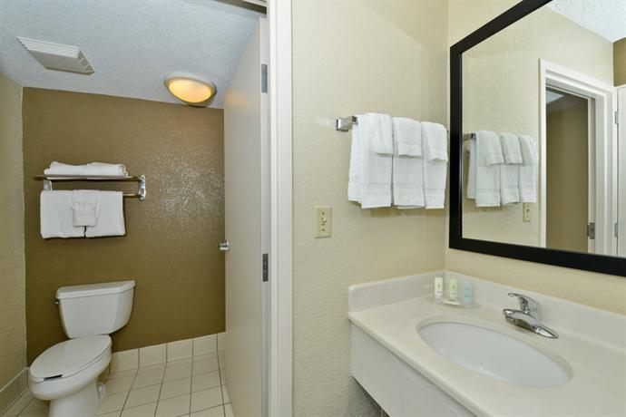 Photo 1 - Comfort Inn & Suites Orlando