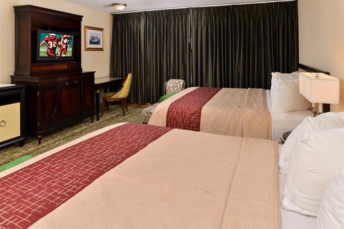 Photo 3 - Red Roof Inn Fresno - Yosemite Gateway