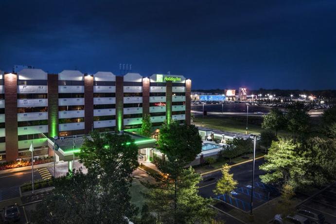 Photo 1 - Holiday Inn Bensalem