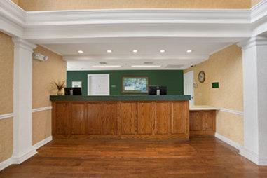 Photo 2 - Baymont Inn & Suites Lafayette Airport
