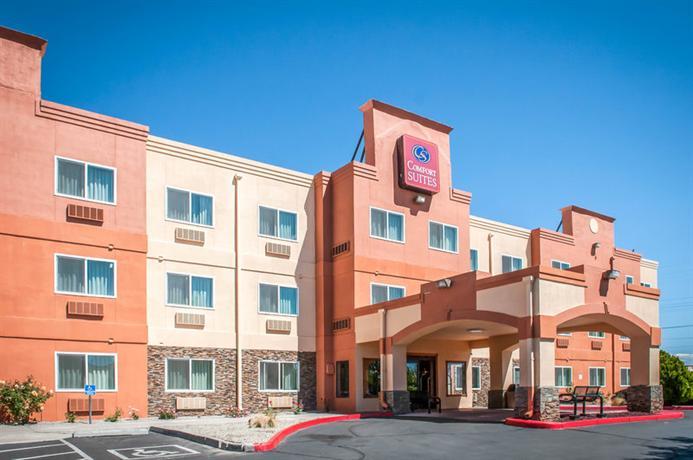Photo 3 - Quality Suites Albuquerque