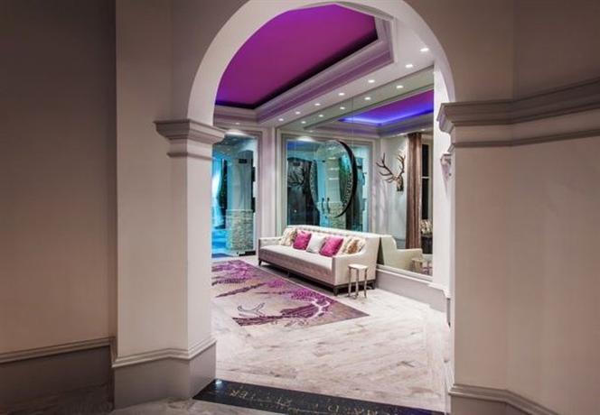 Photo 1 - Castle Hotel Orlando