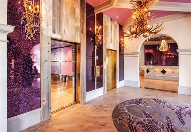 Photo 2 - Castle Hotel Orlando