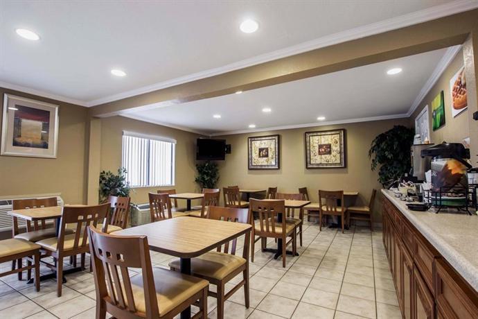 Photo 1 - Comfort Inn Anaheim