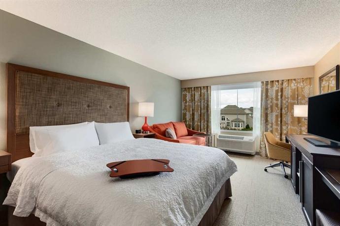 Photo 2 - Hampton Inn & Suites Hershey Near the Park