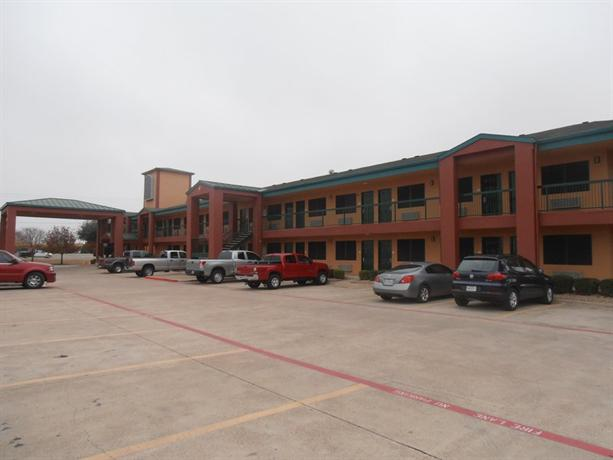Photo 2 - Quality Inn & Suites - Garland