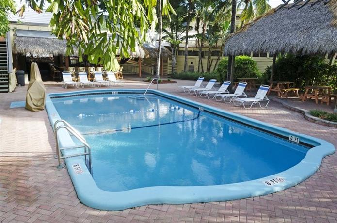Photo 3 - Bahia Cabana Beach Resort