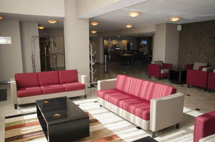 Photo 3 - Holiday Inn Express Toronto - Airport Area