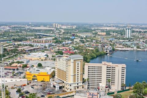 Photo 3 - Ramada Plaza Resort & Suites International Drive Orlando