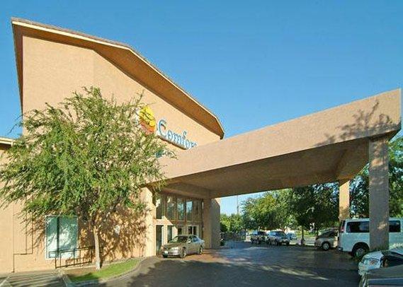 Photo 1 - Comfort Inn Fresno