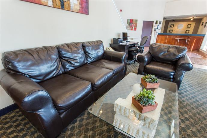 Photo 3 - Comfort Inn Fresno